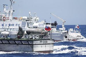 Diaoyu Islands Taiwan_and_Japan_Coast_Guard_2012-09-25