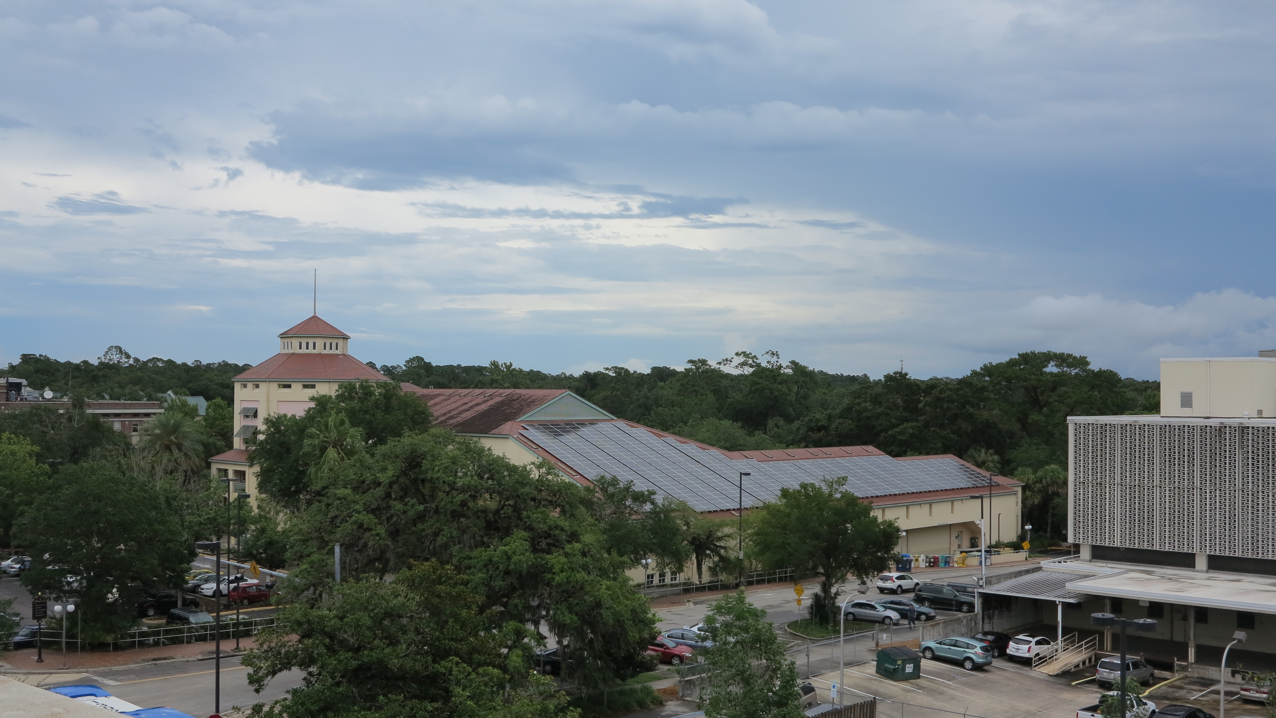 Gainesville solar rooftop of library