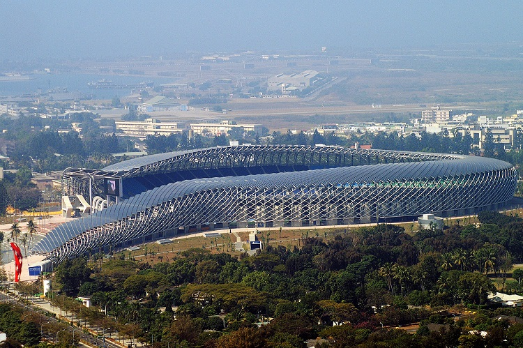 Taiwan National Stadium in Kaohsiung (CC Attrib-Peellden)