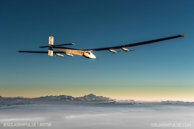 Solar Impulse 2 (longest solo flight between Japan and Hawaii) (credit: Solar Iimpulse)
