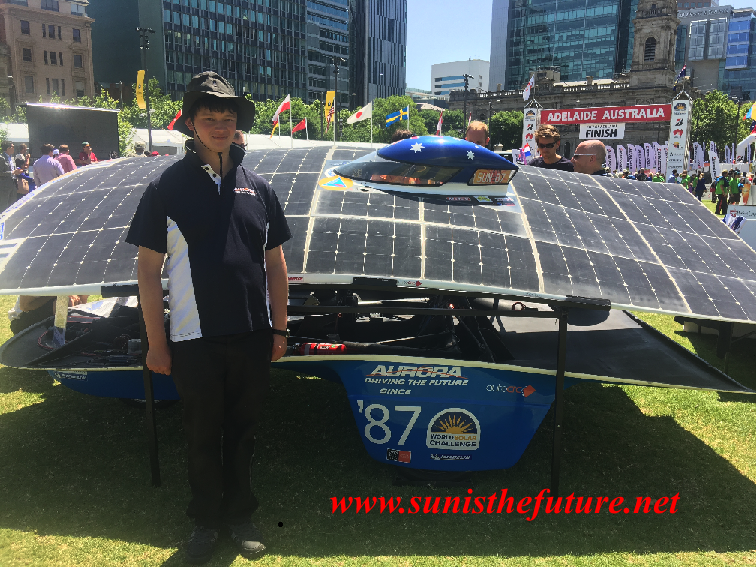 WSC2015-Aurora of Aurora Solar Vehicle Association with its loyal member and Chairman Martin Brook (credit: sunisthefuture-Susan Sun Nunamaker)