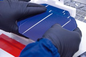 Traditional solar technologies may be replaced by thin and kerfless wafter technologes (credit: Smallman12q/Wikipedia)