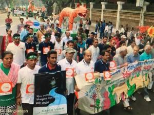 Climate March Nov 2015-Dhaka Bangladesh (credit: 350.org )